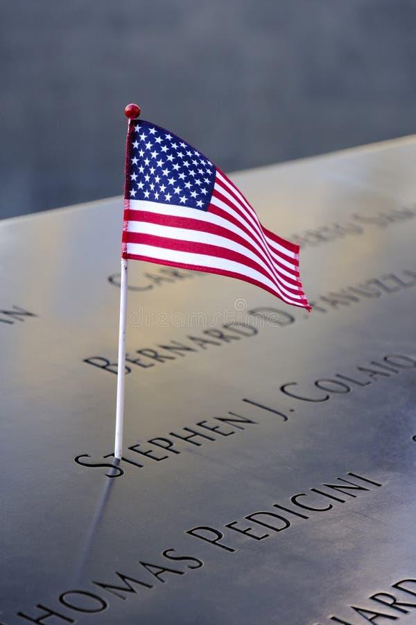 Имена и США сигнализируют на мемориалах 9/11 стоковые изображения