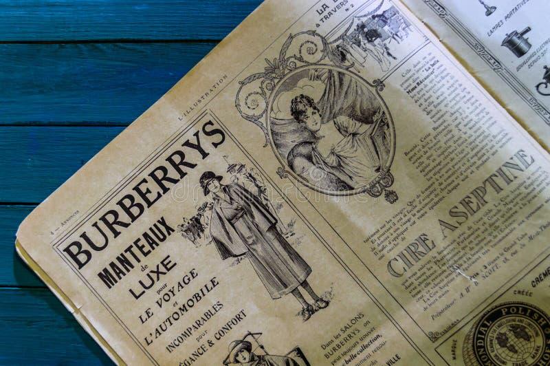 ИМП ульс газеты года сбора винограда Парижа стоковое изображение