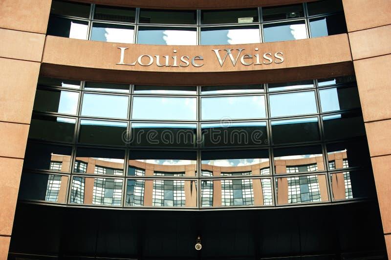 Download Имя Луизы Weiss на входе Европейского парламента Редакционное Изображение - изображение насчитывающей республика, узковедомственно: 40588380