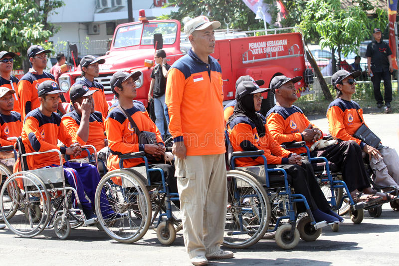 Инвалиды вызываются добровольцем стоковая фотография