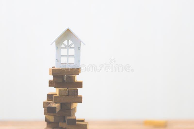 Инвестиционный риск и неопределенность в рынке недвижимости недвижимости Вклад свойства стоковое изображение