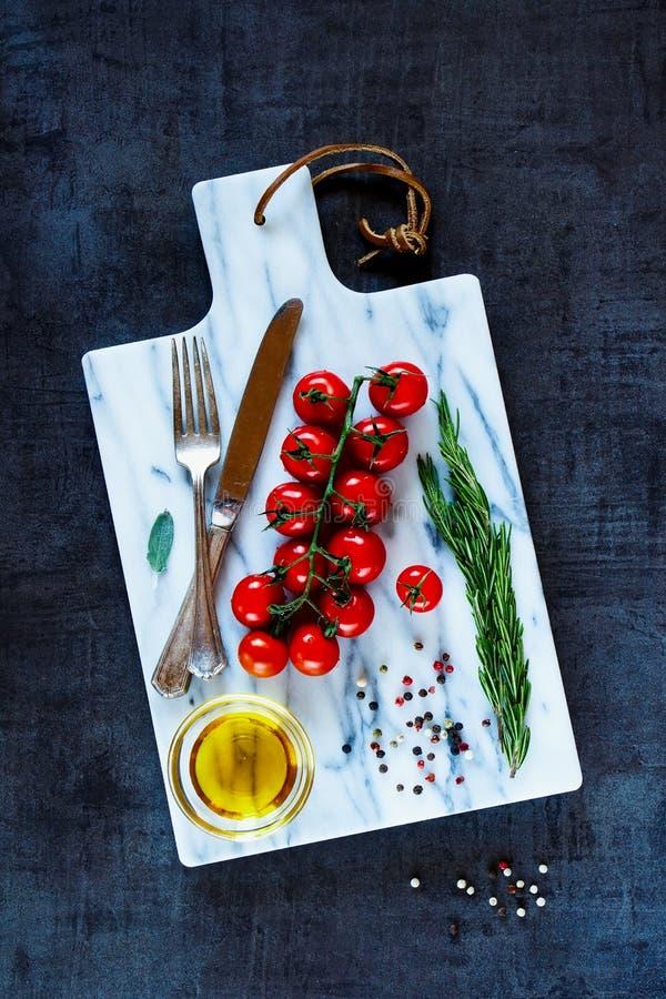Ингридиенты для вегетарианский варить стоковое изображение rf