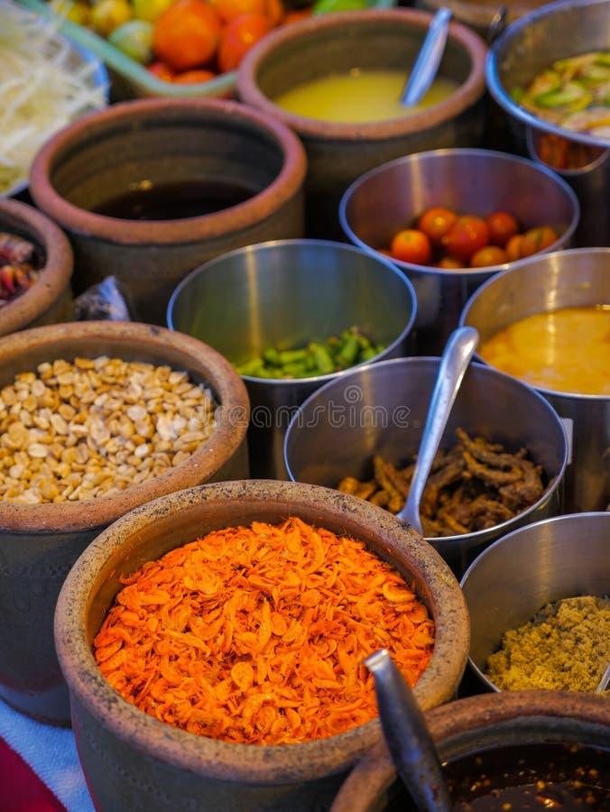 Ингридиенты для tam сома или животика сома & x28; Тайское salad& x29 папапайи; стоковые изображения