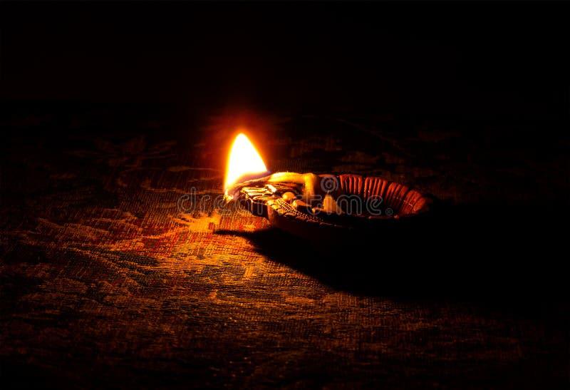 Индийская масляная лампа или Diya Diwali фестиваля стоковые фото