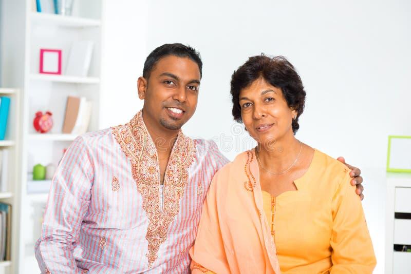 Индийская семья стоковое фото