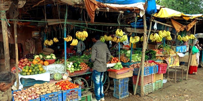 Индийский магазин фрукта и овоща биржи сельскохозяйственных товаров земледелия стоковая фотография