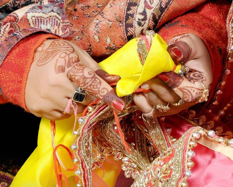 Индийский пакистанский индусский ритуал свадьбы стоковая фотография