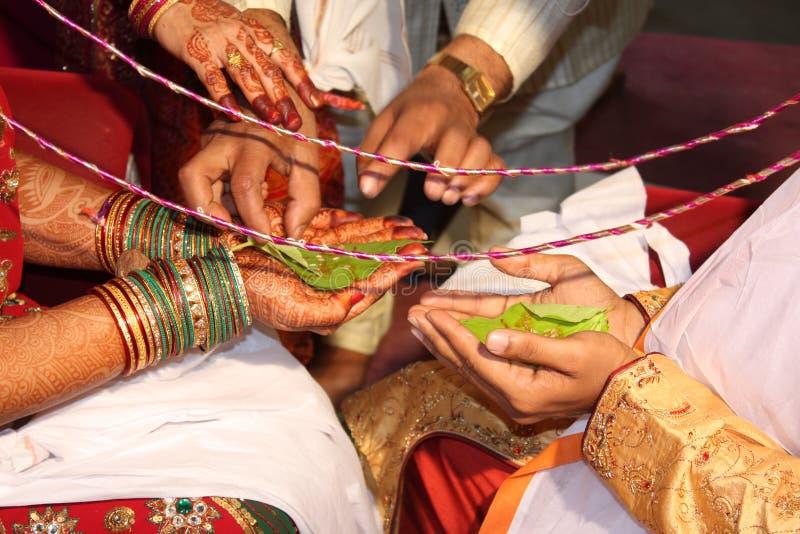 индийское ритуальное венчание стоковые фото