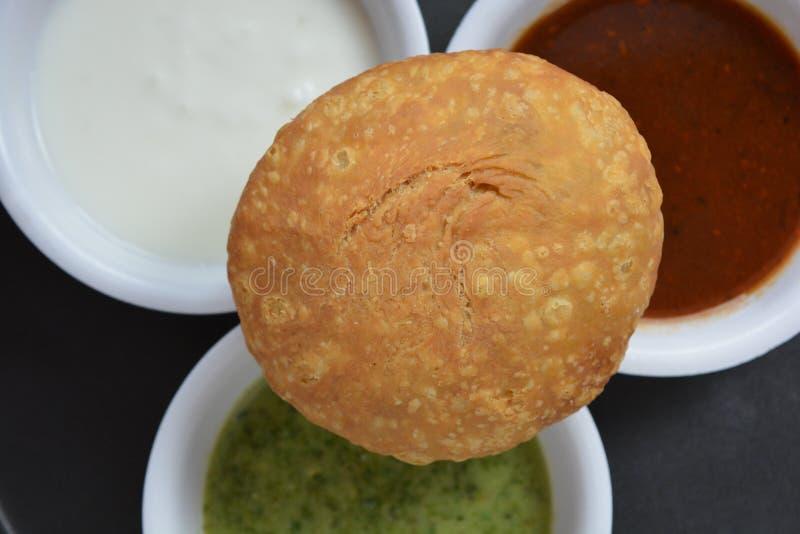 Индийское kachori с чатнями стоковое фото