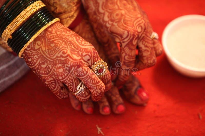 Индусские традиции невесты стоковые изображения rf