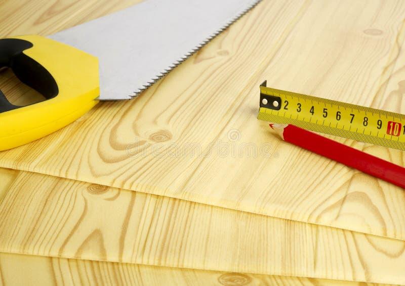 Инструменты деятельности на древесине стоковые изображения