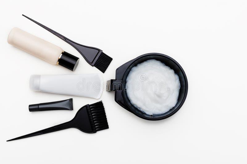 Инструменты для краски волос стоковое изображение rf