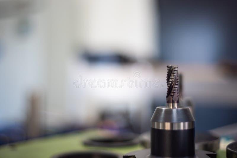 Инструменты как сверлят внутри индустрию стоковые фотографии rf