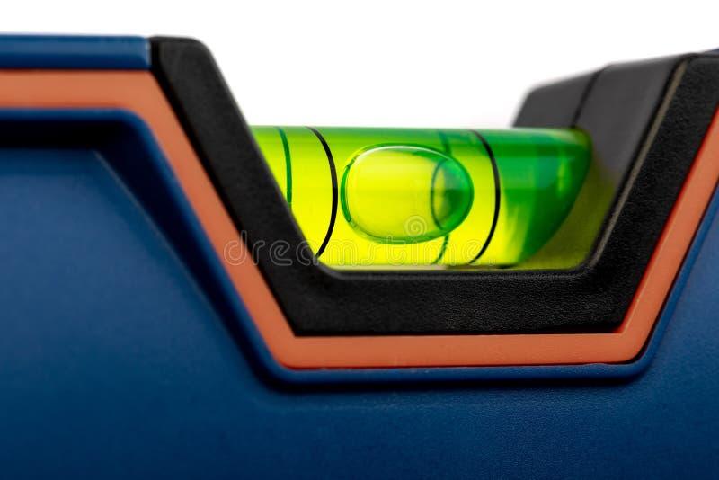 инструменты конструкции 563/5000Various белизна изолированная предпосылкой Домодельные молоток DIY, перчатки и защитные стекла, м стоковое изображение rf