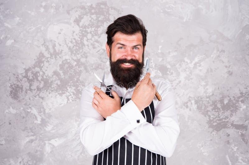 Инструменты парикмахера Принимать хорошие волосы на лице заботы Бородатый брить хипстера Винтажный парикмахер Парикмахер в парикм стоковое фото rf