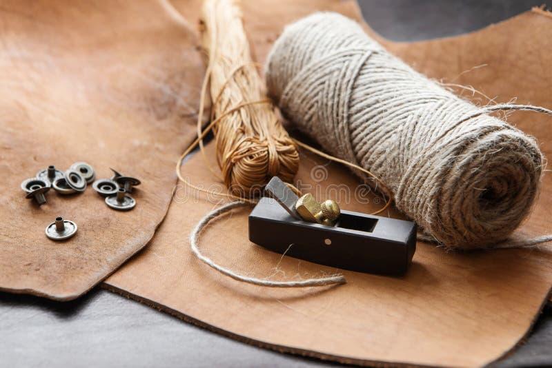 Инструменты Leathercraft стоковая фотография rf