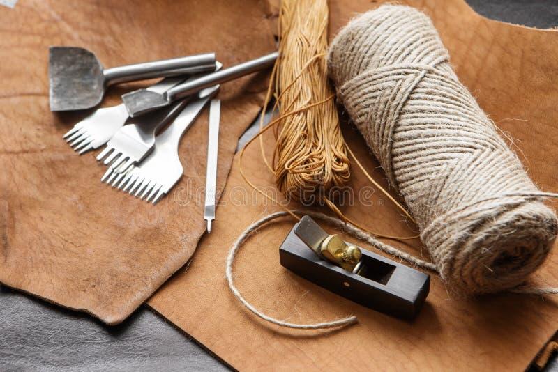 Инструменты Leathercraft стоковые фото