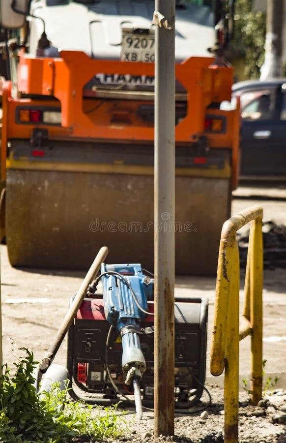 Инструмент деятельности ждет работу стоковые фото