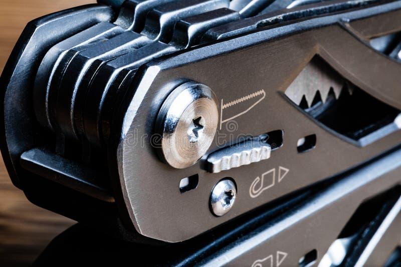 Инструмент макроса Multi, Multi польза прикрепленный на петлях конец стоковые фотографии rf