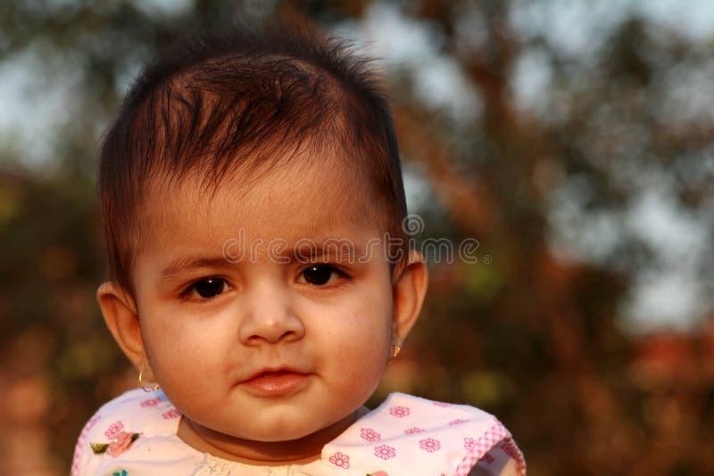 интерес младенца стоковое фото rf