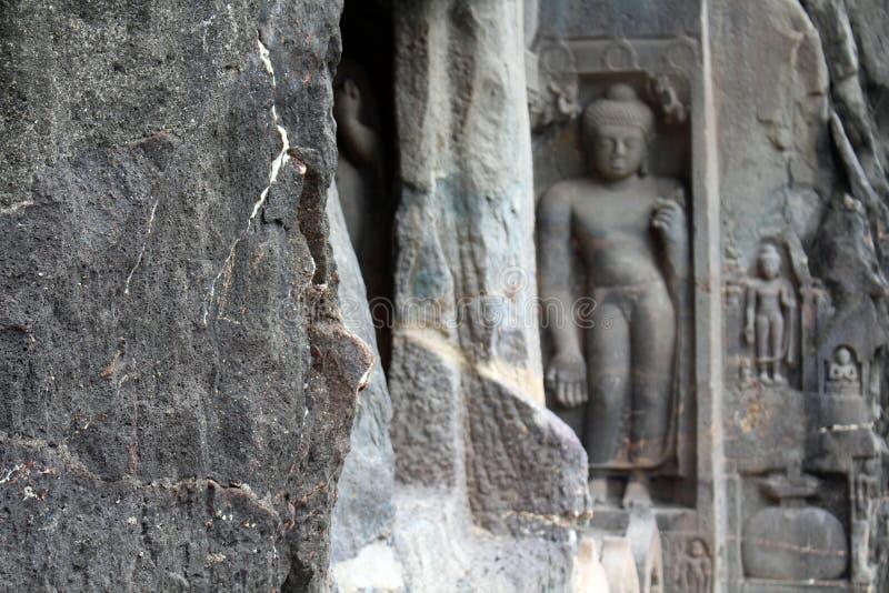 Интерес пещер Ajanta, вырезанных в скале буддийских памятников стоковая фотография
