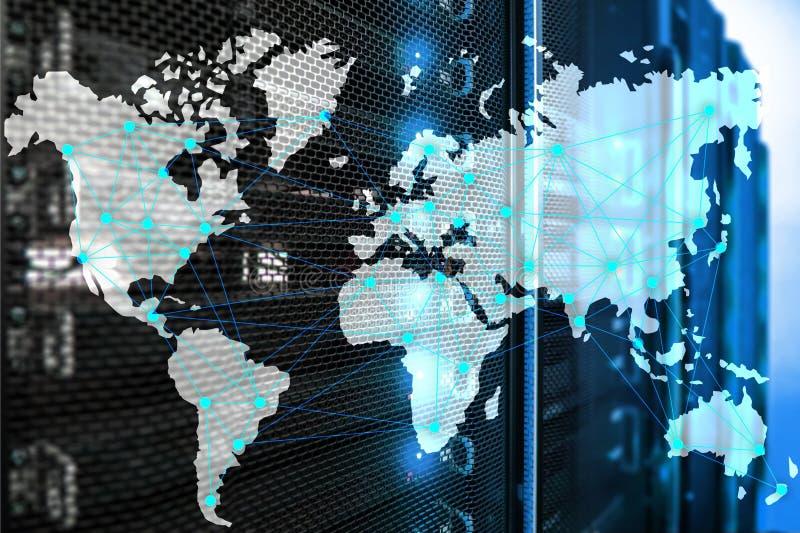 Интернет и концепция радиосвязи с картой мира на предпосылке комнаты сервера иллюстрация штока