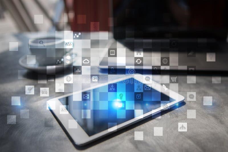 Интерфейс виртуального экрана с значками применений абрикосы Концепция технологии интернета планирования стратегии иллюстрация вектора