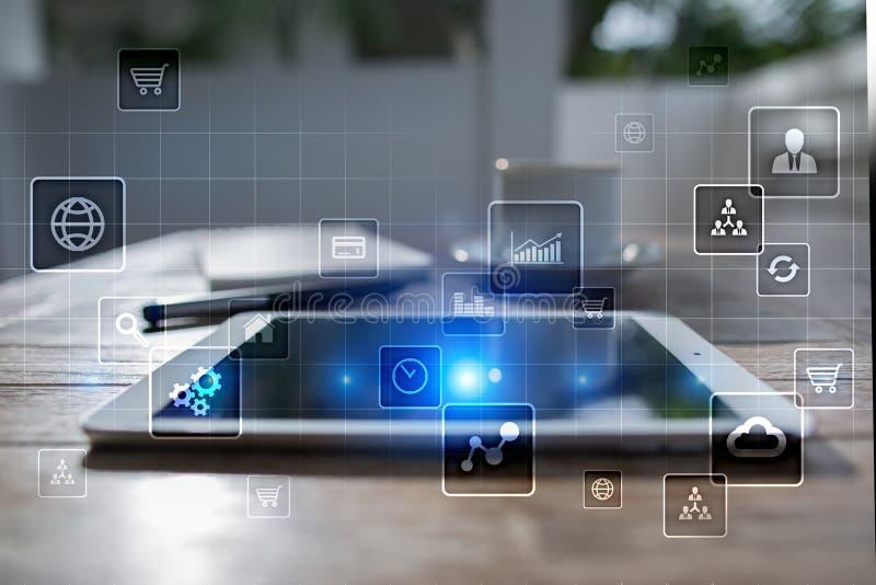 Интерфейс виртуального экрана с значками применений абрикосы изолированная принципиальной схемой белизна технологии иллюстрация штока