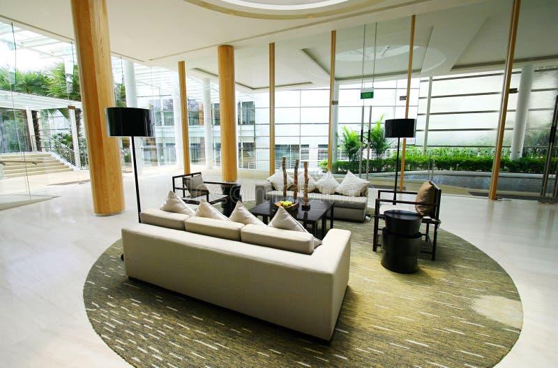 интерьеры гостиницы лоббируют курорт высококачественный стоковое фото