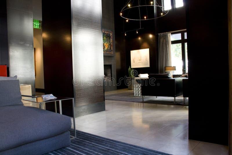 Интерьеры живущей комнаты лобби роскошной гостиницы стоковая фотография rf
