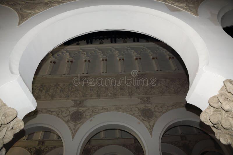 Интерьеры старой церков в Toledo, Испании стоковое изображение