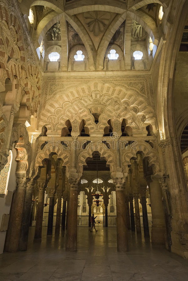Интерьеры Mezquita в Cordoba стоковое изображение rf