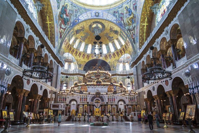 Интерьер военноморского собора St Nicholas Wonderworker в Kronstadt, Санкт-Петербург, стоковая фотография