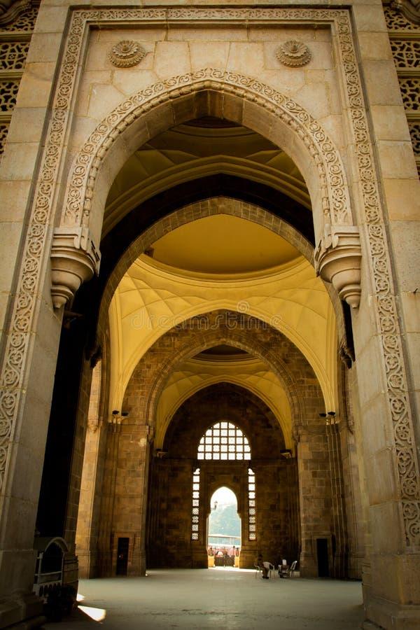 Интерьер ворот к Индии, Мумбаю, Индии стоковые фотографии rf