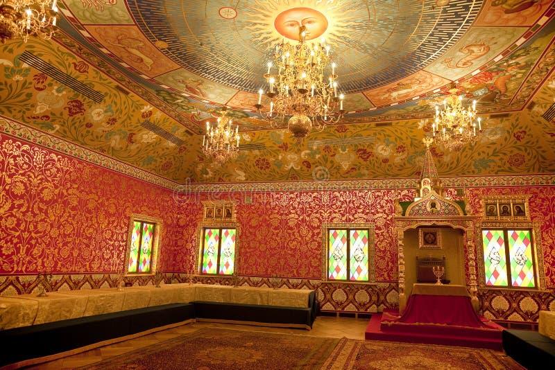 Интерьер деревянного дворца царя Alexei Mikhailovich в Kolomenskoye стоковая фотография