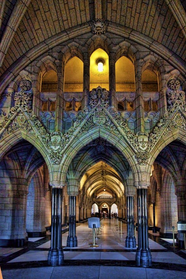 Интерьер здания парламента в Оттаве, Канаде стоковое изображение rf