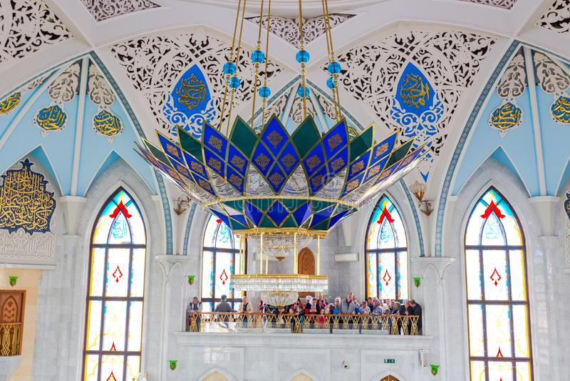 Интерьер известной мечети Kul Sharif в Казани Кремле стоковое фото