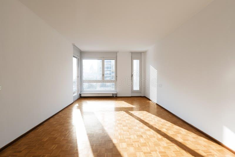Интерьер квартир, пустая комната стоковая фотография