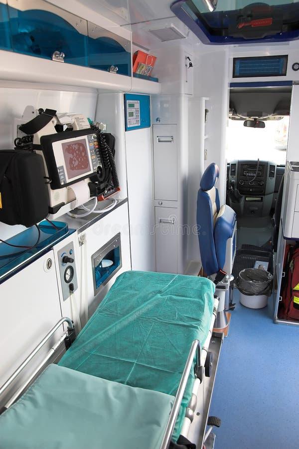 интерьер машины скорой помощи стоковые фото