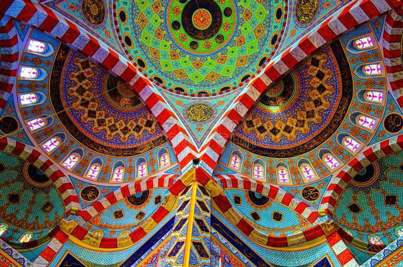 Интерьер мечети Jalil, Erbil стоковые фото