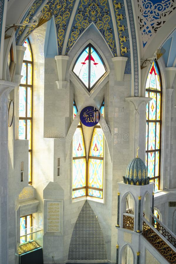 интерьер мечети Kul Sharif в Казани Кремле стоковое изображение