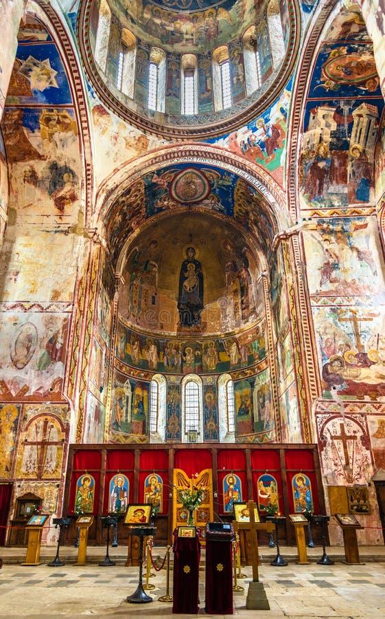 Интерьер монастыря Gelati около Kutaisi Средневековый комплекс узнанный ЮНЕСКО стоковые фотографии rf