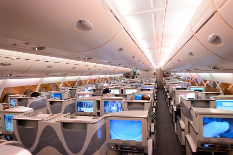 Интерьер предпринимательского класса аэробуса A380 эмиратов стоковое фото rf