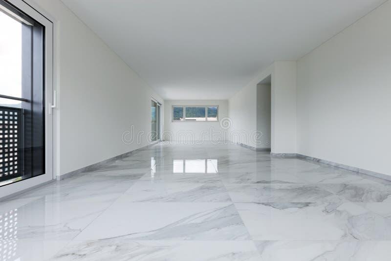 Интерьер пустой квартиры стоковое изображение rf