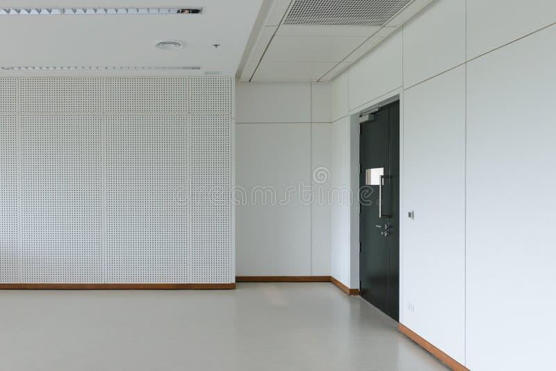 Интерьер пустой комнаты современный стоковая фотография
