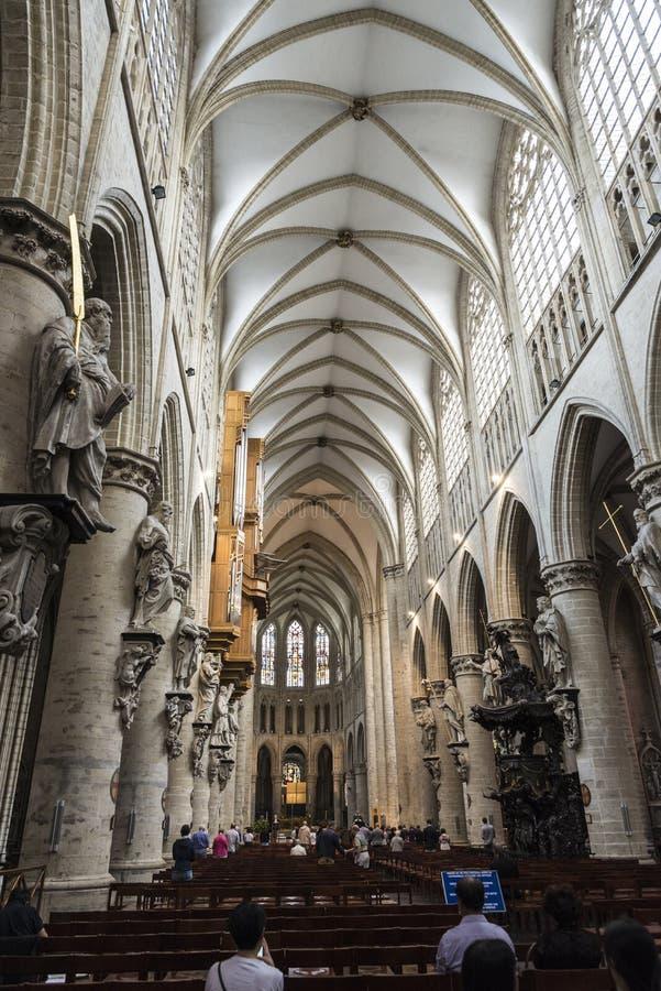 Интерьер собора Брюсселя в Брюсселе, Бельгии стоковое фото rf