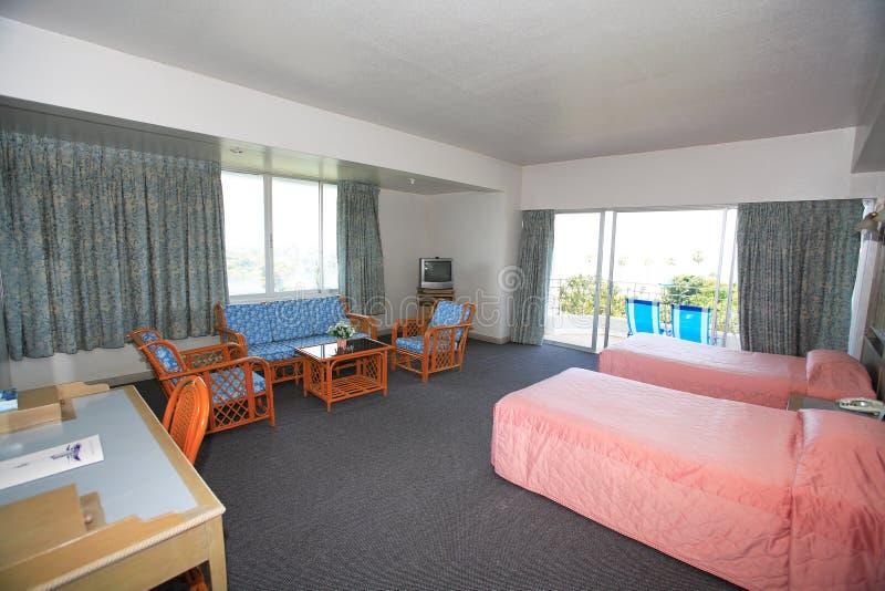 Интерьер спальни, bedchamber в гостинице, курятнике в курорте Asi стоковая фотография rf