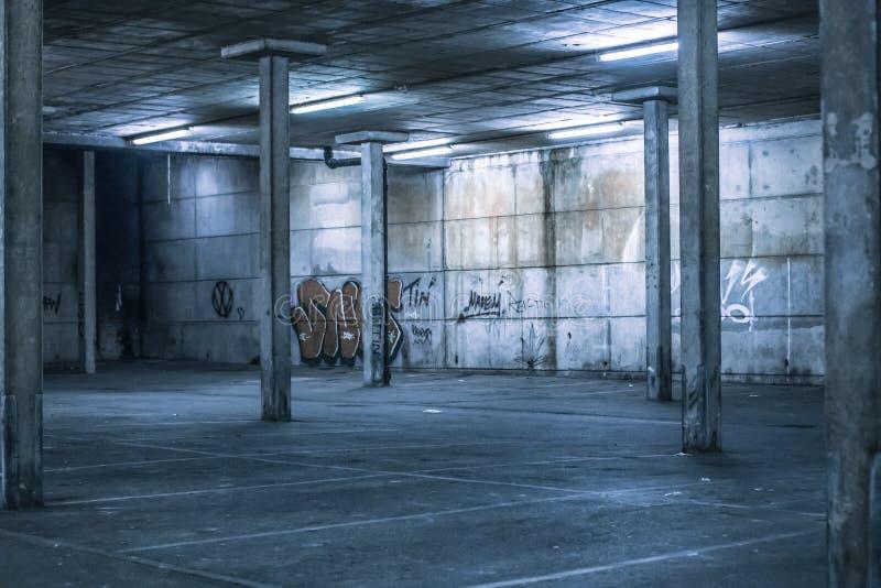 Интерьер стояночной площадки прикрытия стоковое изображение rf