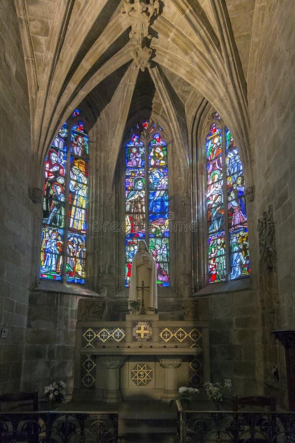 Интерьер церков в Dinan, Бретани, Франции стоковые фото