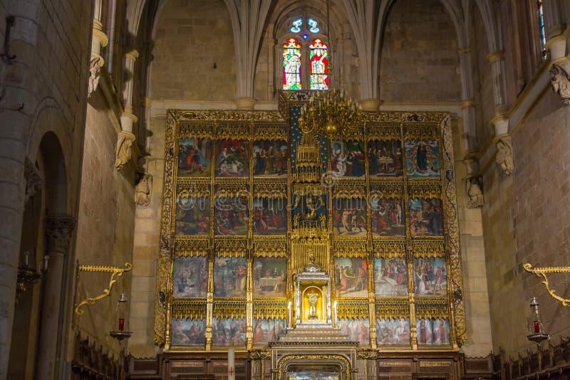 Интерьер Altarpiece базилика St Исидора стоковые фотографии rf